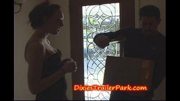 Mulher transando com entregador